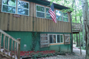 The-Lookout-Cataract-Lake-Rental-Front-9-Cloverdale-Indiana
